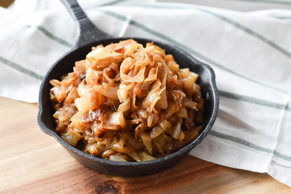 How to Make Caramelized Onions in a cast iron skillet