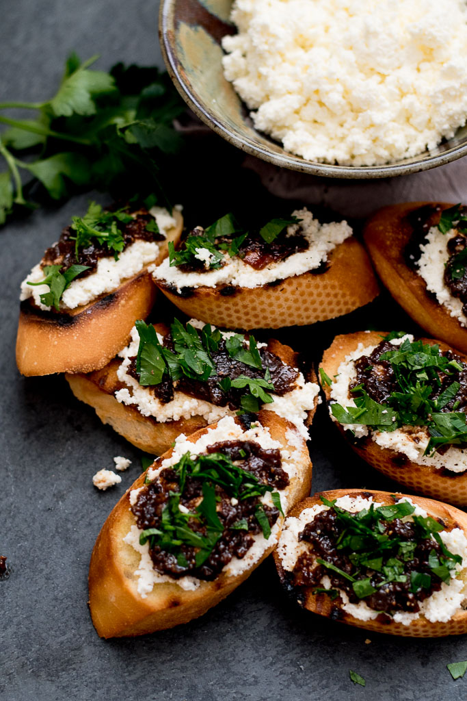 Ricotta Toasts with Caramelized Red Onion and Fig Tapenade