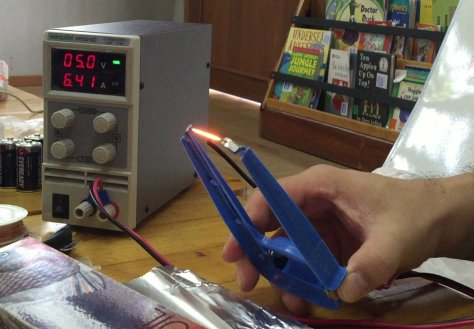 กระแสไฟฟ้า 6 แอมป์กว่าๆจากไฟ 5 โวลท์จะทำให้ลวดร้อนมากเกินไปแล้วจะขาดครับ