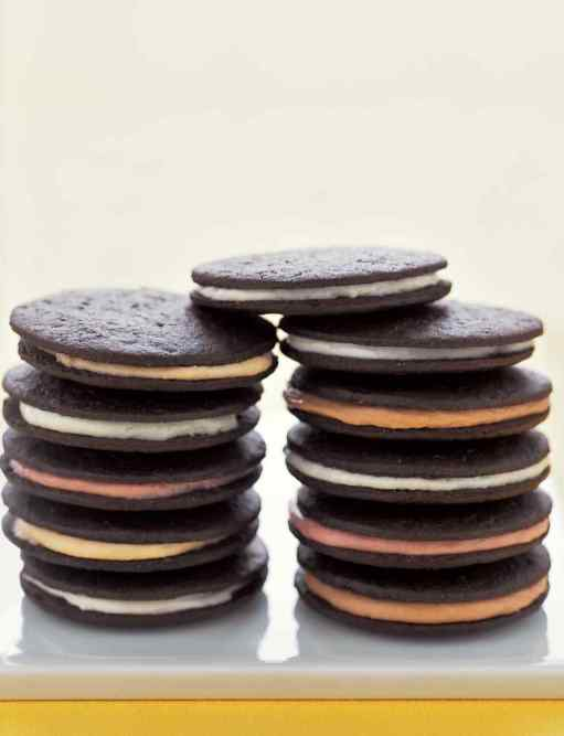 Chocolate sandwhich cookies phera goodeis witty vows