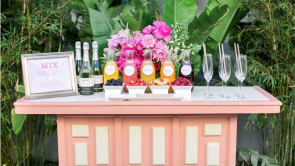 Ideas for a first party after the Indian wedding - The bar - Witty Vows