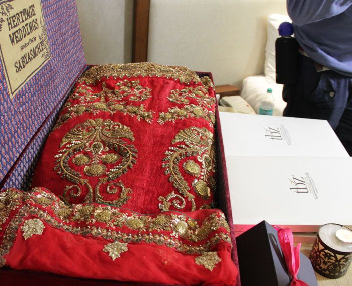 trousseau trunk witty vows