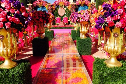 Real wedding by Prashe decor in Vegas - Love is a gamble - our favourite decor looks curated by witty Vows