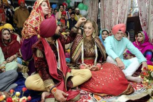 Yuvraj Singh and Hazel Keech wedding in Chandigarh | Witty Vows