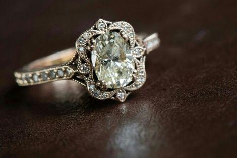 Trending New Wedding ring design ideas for Indian brides on a budget   Vintage Heirloom Wedding Ring Design