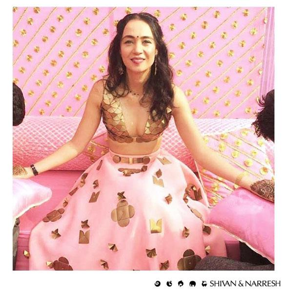 New Indian wedding ideas from VJ Yudi and Aditis Pretty Wedding  VJ Yudi and Aditi wedding in Delhi   Celebrity wedding ideas   Pretty Pink and gold Shivan & Narresh outfit