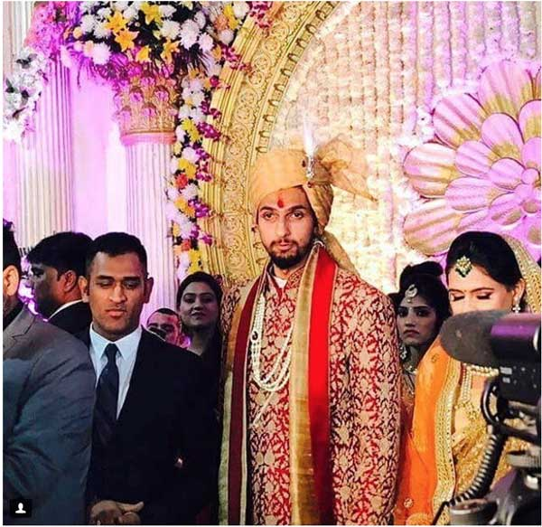 photos from cricketer Ishant Sharmas wedding to Pratima Singh | Cricketer Ishant Sharma's wedding to pratima Singh in Gurgaon | Photos of Ishant Sharma with MS Dhoni