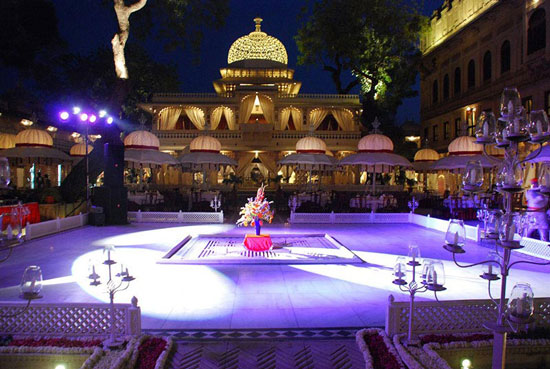 Best royal Indian wedding venue - Zenana Mehal udaipur | royal wedding venues | royal wedding | destination wedding in india | Indian destination wedding | palace wedding venues | destination wedding venue | Royal Indian wedding venue