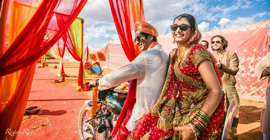 Groom and Bride exit ideas for Indian Weddings | vadai ideas | wedding send off ideas | couple exit ideas | Indian couple exit wedding groom and bride in a luxury car | Indain bride and groom on a bike