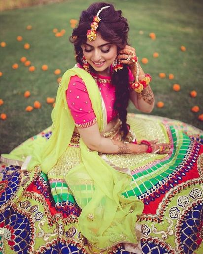 trending mehndi lehenga styles | New trending Indian Mehndi Outfit Style Ideas for Indian Bride