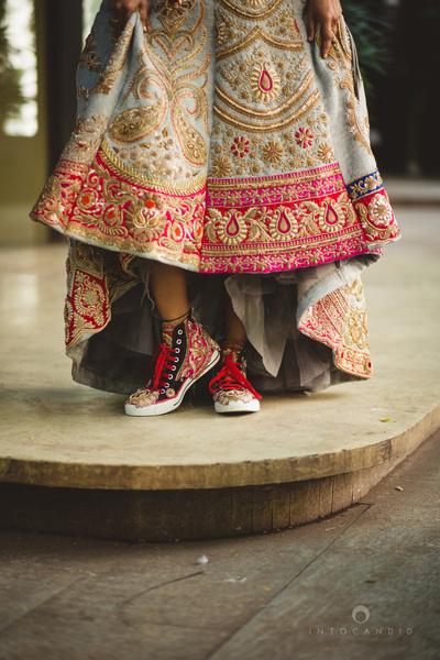 Latest designer wedding shoes for Indian Brides | Wedding heel | wedding wedges| bridal sandals | Sabyasachi Mukherji| Christian louboutin | jimmy choo | manolo Blahnik | Ralph & Russo | Wedding Salad | Oscar Dela Renta