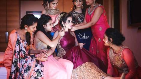 Indian bridesmaids essentials for her bag   Indian bridesmaid duties   DIY Indian Wedding survival Kit   Mehar photography