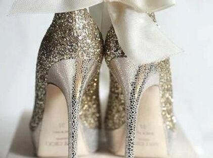 Latest designer wedding shoes for Indian Brides   Wedding heel   wedding wedges  bridal sandals   Sabyasachi Mukherji  Christian louboutin   jimmy choo   manolo Blahnik   Ralph & Russo   Wedding Salad   Oscar Dela Renta