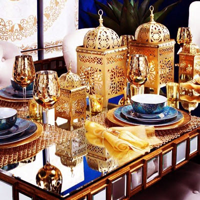 Sufi Night | Sangeet decor ideas | Free Sangeet Theme | decor ideas for sufi sangeet | Gold MOroccon lamps as table centrepiece