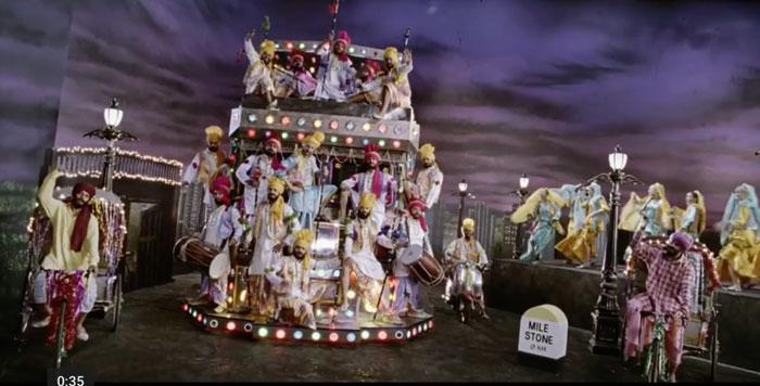 decor ideas from bollywood film love aaj gal | bollywood wedding | fun diy mehndi decor ideas | aahun aahun aahun | funky truck backdrop with bulb lights