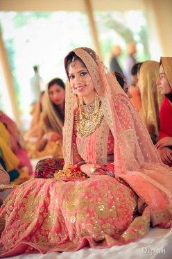 Sukriti-bridal-photo