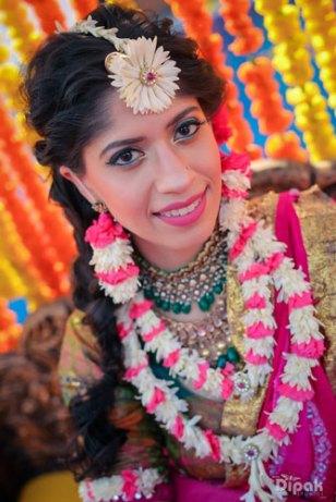 Sukriti-flower-jewellery