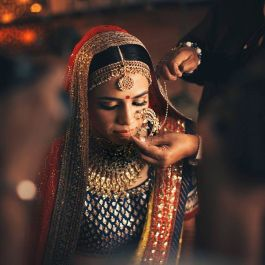 Bridal nose ring ideas | Indian Bridal Jewellery- Nath | Indian brides | naths | instagram |stunning brides | Indian wedding inspiration | by wittyvows | dot dusk
