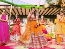 Indian bride dancing at her wedding | Vidya Vox Song for your Indian weddings | Shape of you mashup