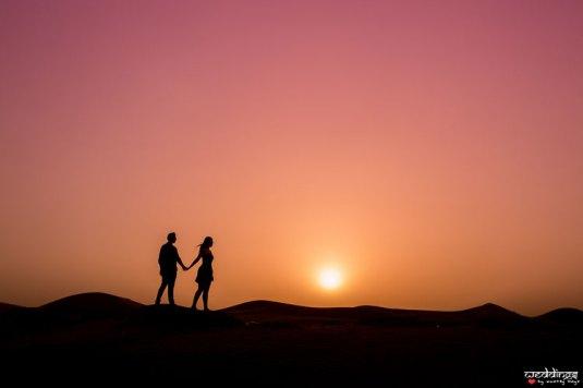 first anniversary idea, anupriya and ankit, aniversary photoshoot   Indian couple photoshoot in Dubai silhouette style at sunset