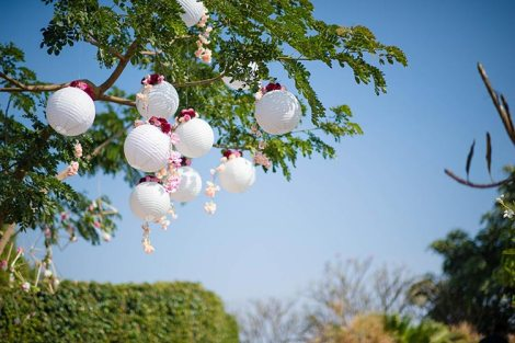 Joshua and Shona | Christian wedding | DIY ideas | The white baloons hnaging on the tree makes a beautiful decor.