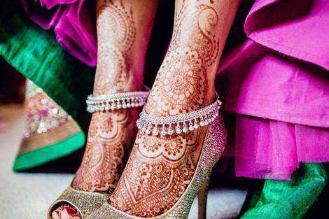 Beautiful payal on her wedding | Trending Indian anklet ideas - Bridal Payal designs