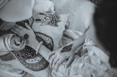 Sagar and Subiya   Destination wedding in Bali   The beautifully inked mehendi hands looks so amazing.
