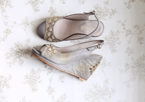 Grey embroidered wedges for the bride