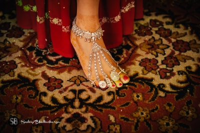 Anklet with 5 toe rings | Trending Indian anklet ideas - Bridal Payal designs