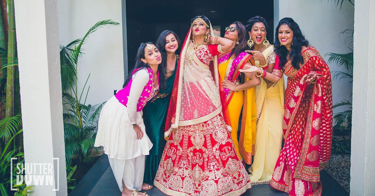 wedding gift ideas for your best friend   best friend wedding gift ideas   shutter down photography   Indian bride with her best friends in an adorable pose