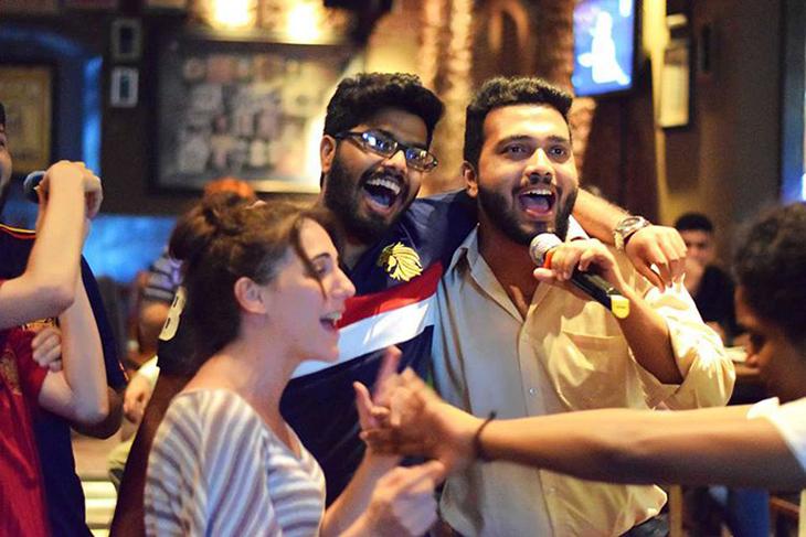 Date night ideas | Karaoke night in Mumbai