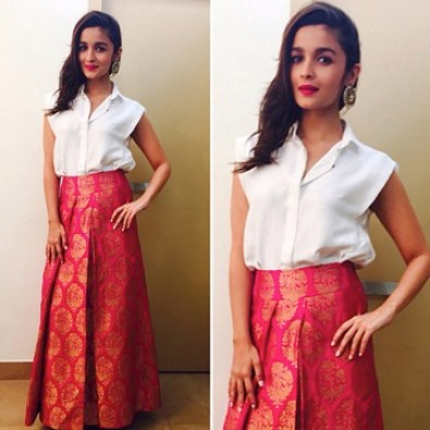 Alia in palazzo | Trending (since forever) & how: Different Ways to use those old school Benarasi clothes