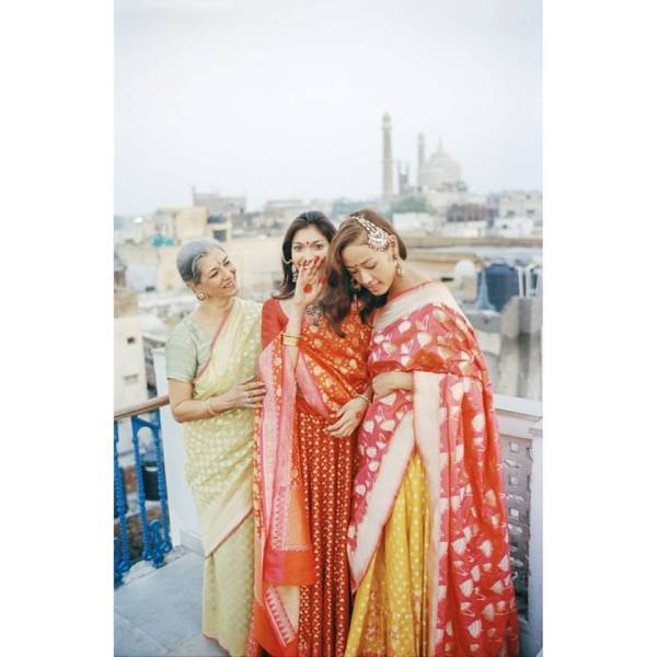 Bridal gang in Banarasi | Bride with a budget - Affordable yet STUNNING bridal wear designers!