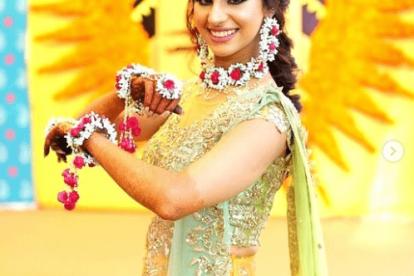 Pretty kaleere | Trending kalire for 2019 brides | Floral Kaleere | Flower jewellery | Bridal Accessories