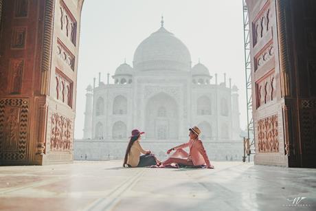 Abheshek and Smily   Chandigarh weddings   Pre Wedding shoot ideas   Taj Mahal   Agra   Real Indian weddings   Photo shoot inspiration  