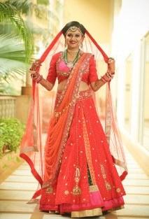 Tanushree and Abhineet | Real Indian Weddings | Featured on WittyVows | Personalised lehenga | Red Lehenriya Lehenga |
