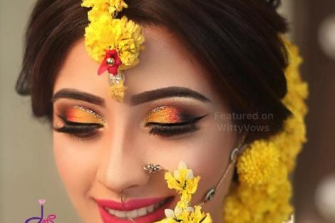 Floral nath | Nose Ring | Traditional Indian jewellery | Flower jewelry | Real flowers in Nath | Mehendi jewelry ideas | Dry flower jewelry | floral Nath ideas