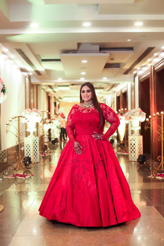 plus size bride | Bridal Photoshoot | Gowns for Sangeet | Indian Bridal Fashion