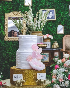 Wedding Cakes | Cake toppers | Wedding trends