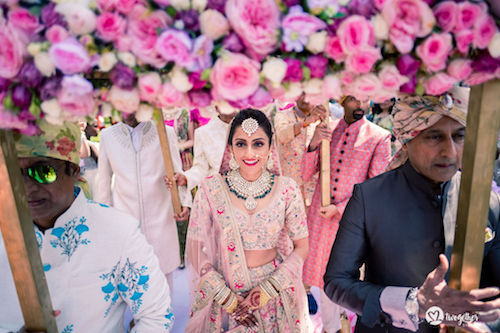 #pasha2019 | Beach wedding in Kenya | Paayal & Samir | Phoolon ki Chadar | Roses | Love goals | Bridal inspiration