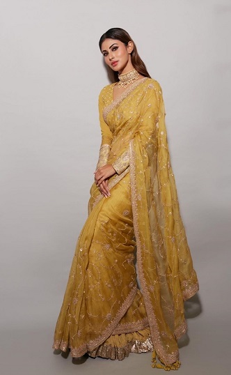 Yellow saree | New bride | Mouni roy | Naagin | Trending new indian wedding outfits |
