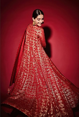 Sonam Kapoor in Masaba | Newlywed | Anarkali suits | First Diwali | Fashion | trending new outfits |