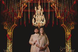 A dreamy destination wedding in Udaipur | couple photo shoot ideas | Priyanka and Parth captured on their wedding day