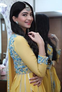 Hanna & Shahrukh   Roka outfit ideas   Blue embroidery   Suit for Indian brides   Mangtikka   Earrings   Minimal Makeup for Roka ceremony