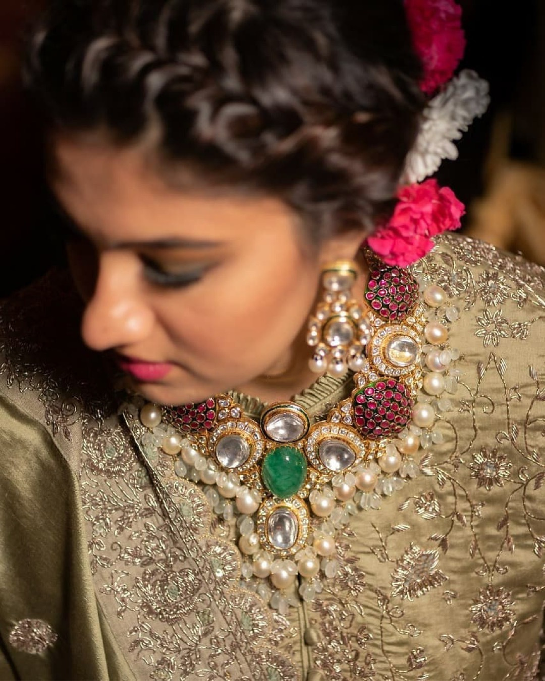 indian bride | polki dimond | bridal makeup for Indian brides | bridal outfit | designer brides | indian celeb wedding | #celebrity #indianceleb #celebwedding #polkidiamond #polkinecklace #anammirzawedding | anam mirza wedding |wittyvows #bridesofwittyvows