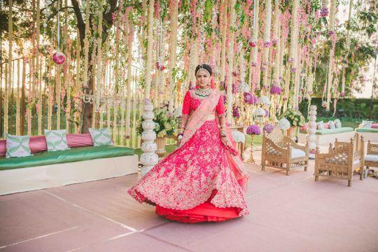 twirling bride   Sabyasachi Lehenga for Mehendi