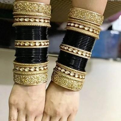 black bridal chooda | black chooda colour | chura designs | bridal chura | olden lehenga | silver bridal lehenga | latest bridal chooda designs and colours | blue chooda designs | blue chooda colour | wittyvows | #indianbride #indianbridalchooda #chooda #blackchooda #bridallehenga #wittyvows #bridesofwittyvows #indianbridalfashion #latestbridalchoodadesignsandcolours