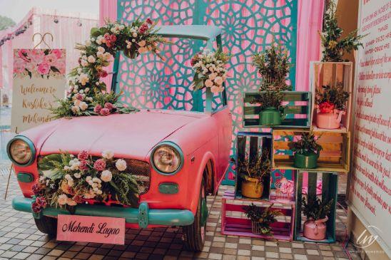 vintage car decor | Prettiest Vintage Decor For Mehendi