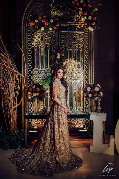 bridal photoshoot | Prettiest Vintage Decor For Mehendi