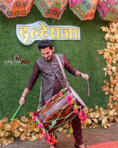 dapper indian groom